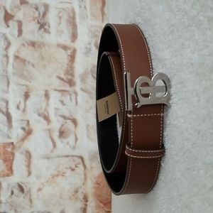 New Burberry TB Leather Belt